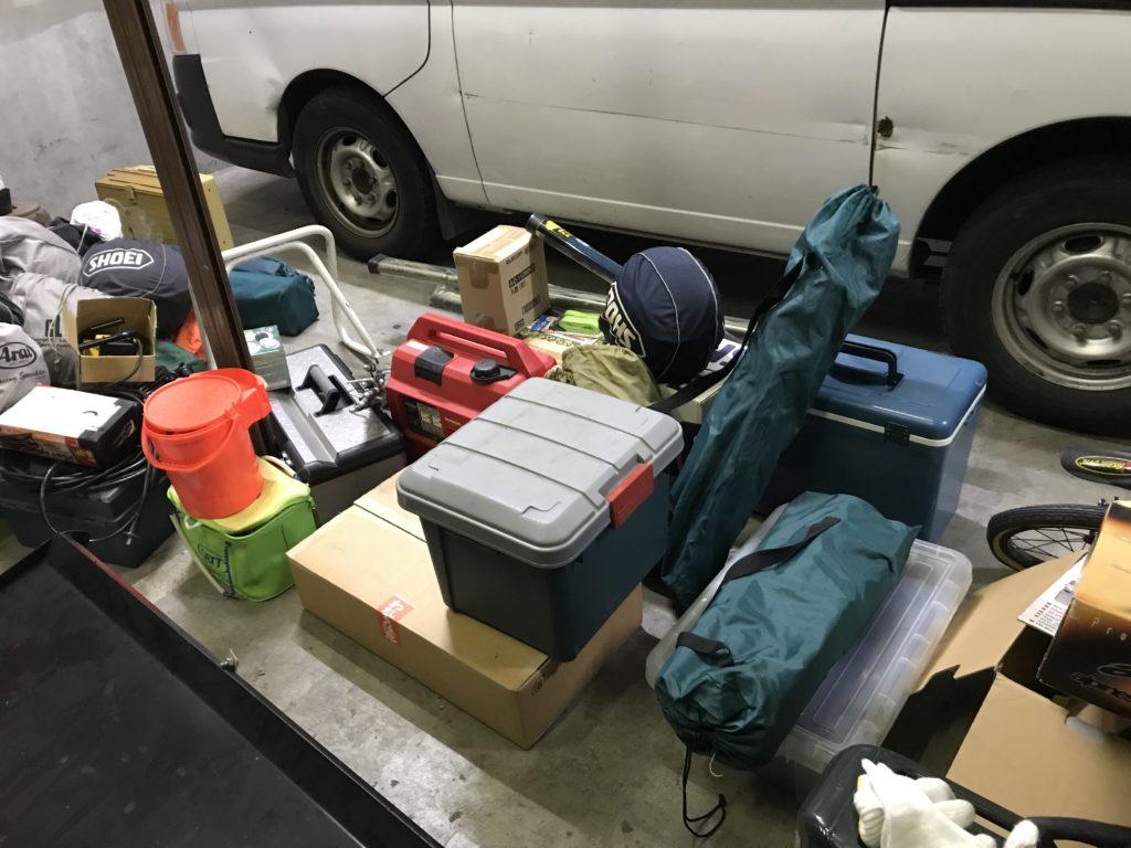 ガレージ整理 コールマン キャンプ SHOEI ARAI ヘルメット